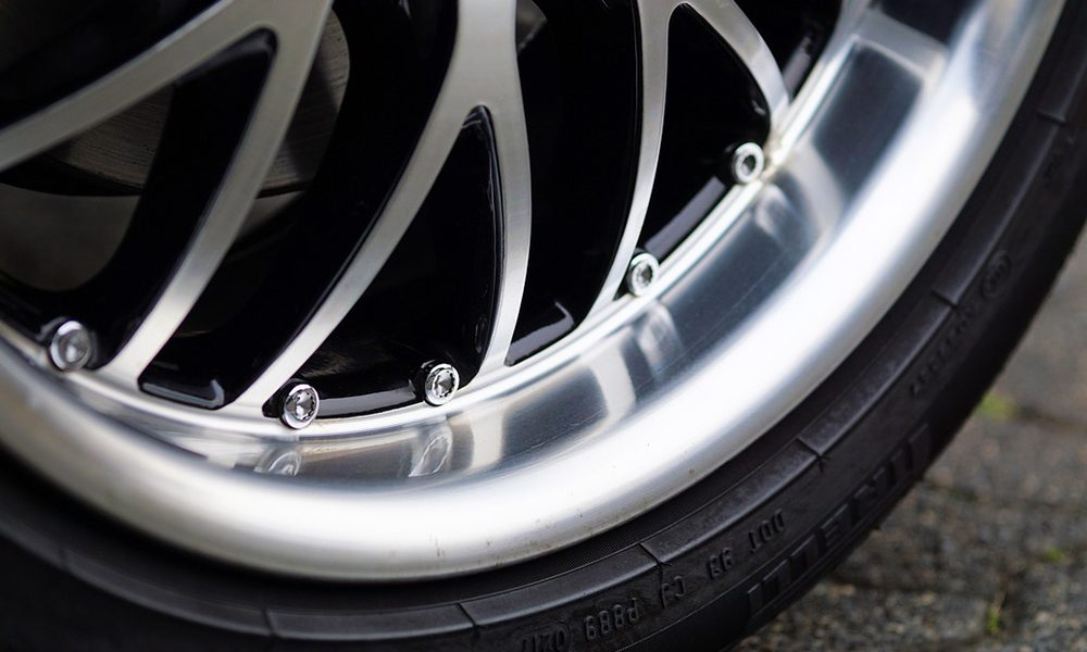 ¿Por qué los neumáticos se desgatan de forma anormal?